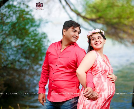 Top Baby Bump Photo Shoot in Ahmedabad